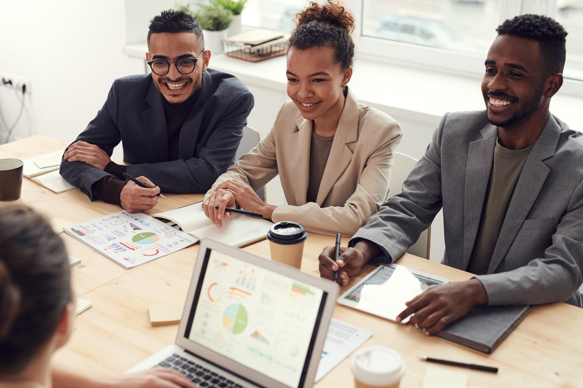 Pelatihan Bisnis Online   Grapadikonsultan